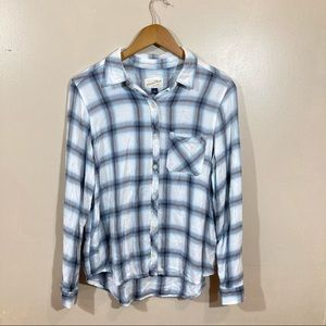 Universal Thread Plaid Long Sleeve Button Flannel